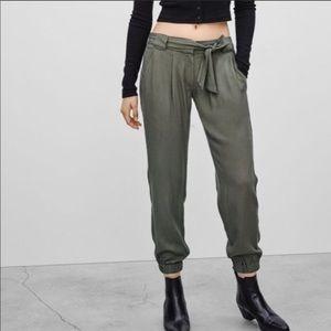 Aritzia Talula army green pants